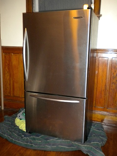 Thatu0027s A Stainless Steel KitchenAid, Counter Depth, Bottom Freezer  Refrigerator. These Puppies Start At Around $2,000, And Iu0027ve Seen Them  Online For Up To ...