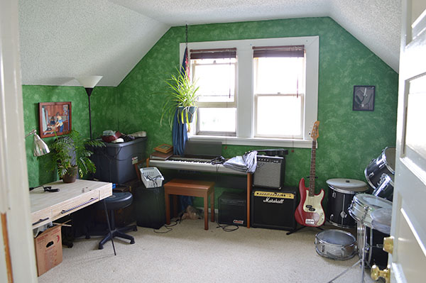 House Tour: The Music Room ...
