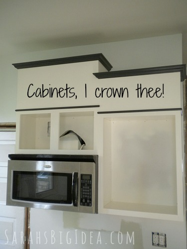pimp my cabinets phase 3 crowning achievement sarah s big idea rh sarahsbigidea com how to install crown moulding above kitchen cabinets Glazed Kitchen Cabinets