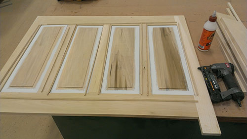 making raised-panel wainscoting 01-09-2014